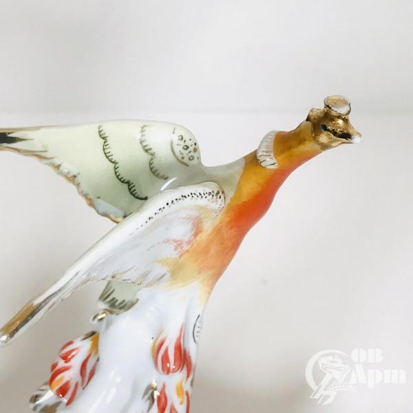 Скульптура «Иванушка и Жар-Птица»