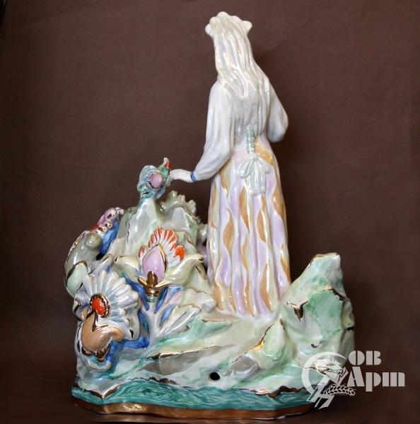 """Скульптура """"Хозяйка Медной горы"""""""