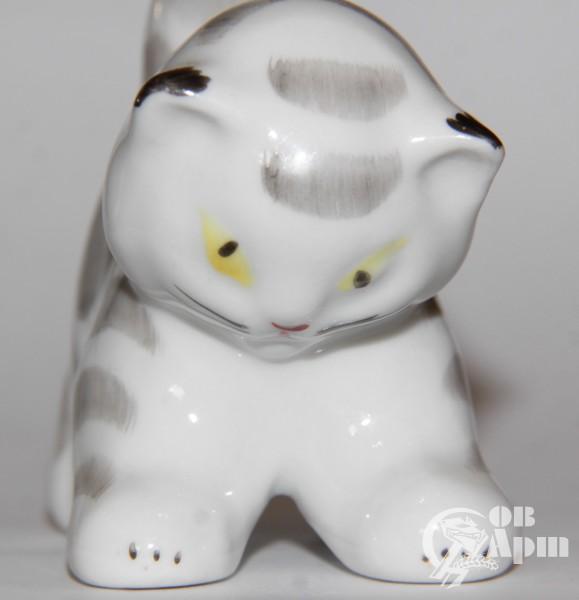 "Скульптура ""Котенок"""