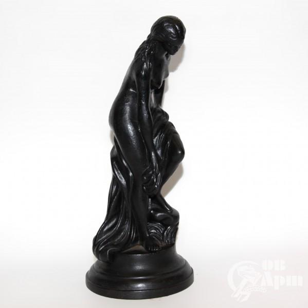 """Скульптура """"Купальщица"""""""