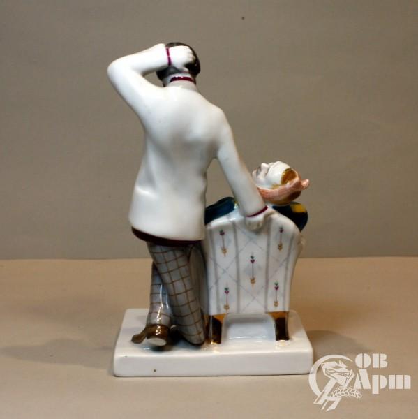 "Скульптура ""Лошадиная фамилия"""