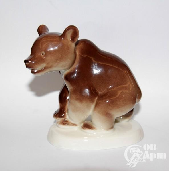 "Скульптура ""Медвежонок"""