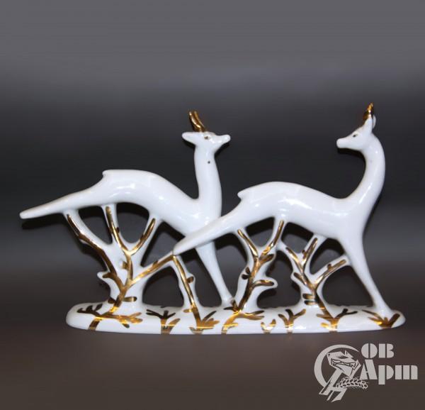 """Скульптура """"Олени бегущие"""""""