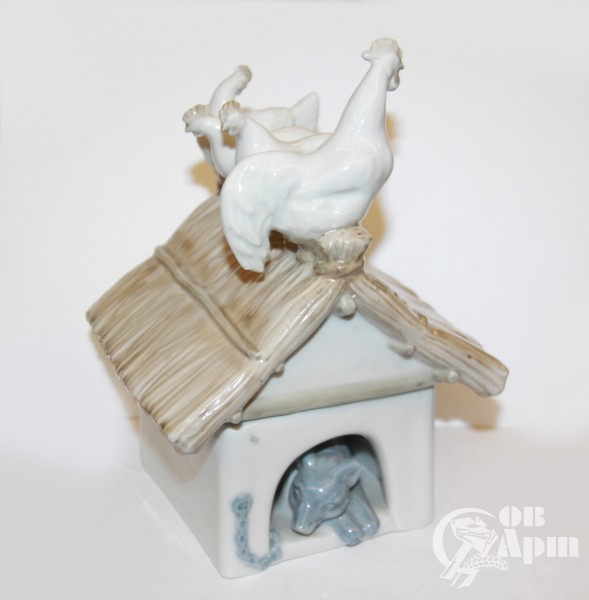 "Скульптура ""Собачья будка"""