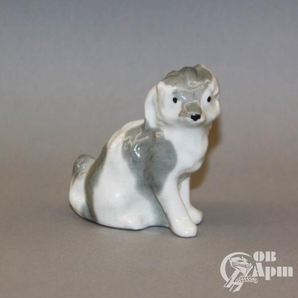 "Скульптура ""Собака сидящая"""