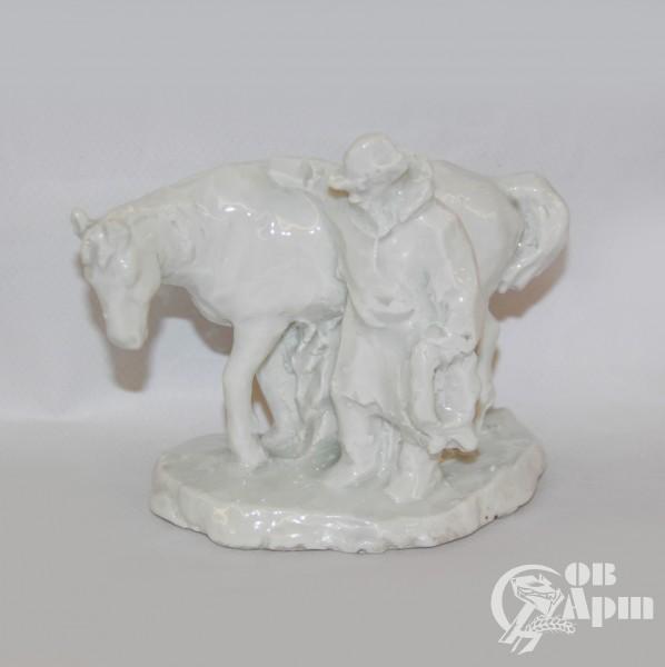 """Скульптура """"Старик и лошадь"""""""