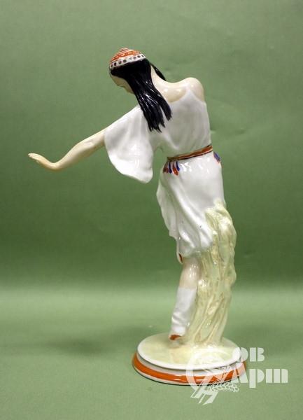 """Скульптура """" Танцующая узбечка"""""""