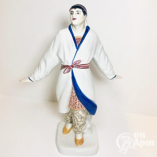 Скульптура «Узбекский танцор»