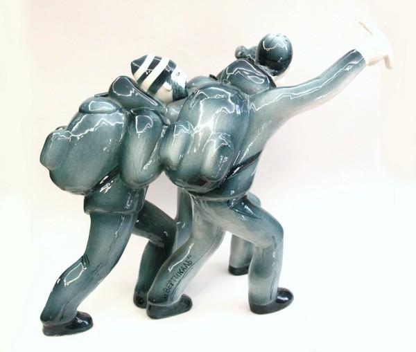 """Скульптура """"Вертикаль"""""""