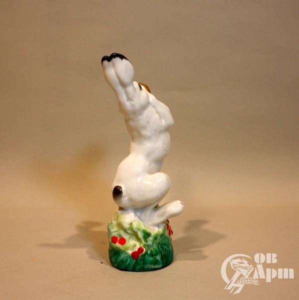 """Скульптура """"Заяц с трубой"""""""