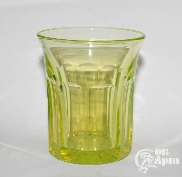 Стакан из уранового стекла. ИСЗ