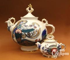 Большой и малый заварочный чайник