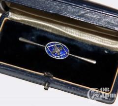 Брошь с бриллиантом и синей эмалью