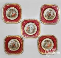 Десертные тарелки с пасторальными сюжетами