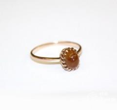 Кольцо с кабошоном