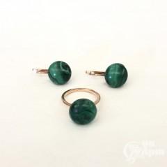 Комплект кольцо с серьги с малахитом