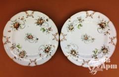 Парные тарелки с цветами
