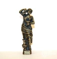 Печатка бронзовая в виде девушки с кувшином