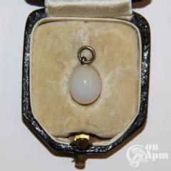 Подвеска яйцо пасхальное из белого агата