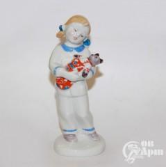 """Скульптура """"Девочка с мишкой""""(Колыбельная) ЛФЗ"""