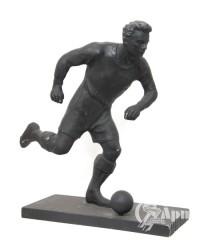 """Скульптура """"Футболист"""""""
