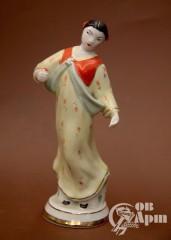 """Скульптура """"Китаянка с цветком"""""""
