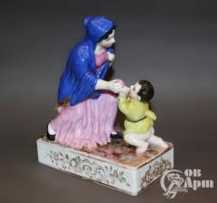 """Скульптура """"Мать и дитя"""""""
