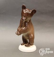 "Скульптура ""Медвежонок бурый"""