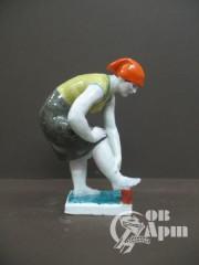 """Скульптура """"Моющая ноги"""""""