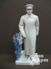 """Скульптура """"Сталин на прогулке"""""""