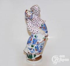 "Скульптура ""Танцующая девушка"""