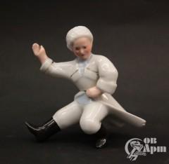 """Скульптура """"Танцующий казачок"""""""