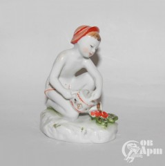 """Скульптура """"Юный садовод"""""""