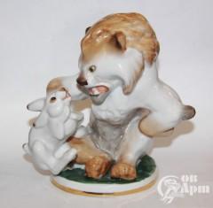 """Скульптура """"Заяц во хмелю"""""""