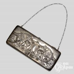 Сумочка серебряная с изображением слонов
