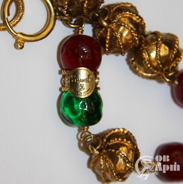 Цепь CHANEL с жемчужными и цветными вставками Gripoix