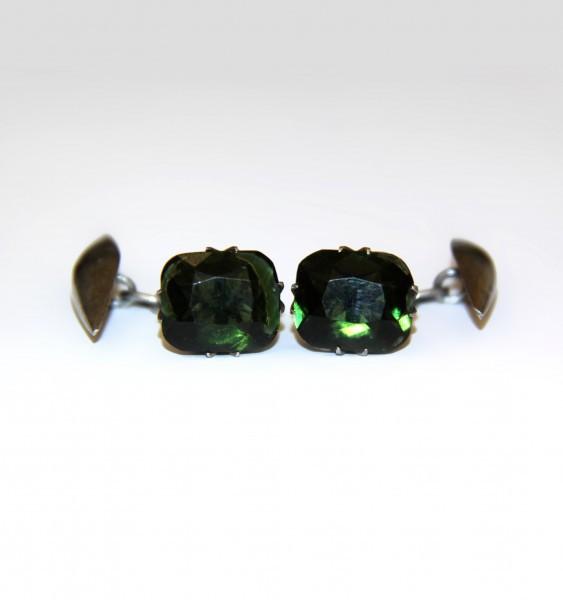 Запонки с зеленым стеклом